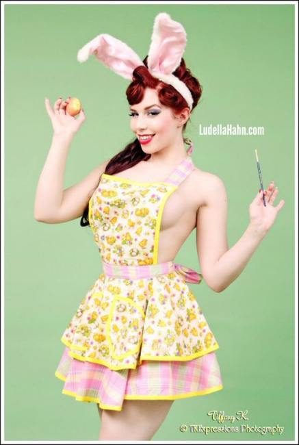 20150902-PinUp_LudellaHahn_018